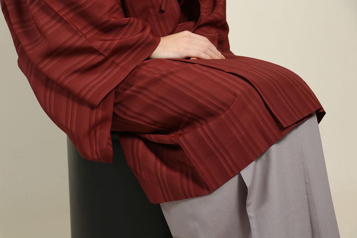 羽織コート米沢空羽織の座位